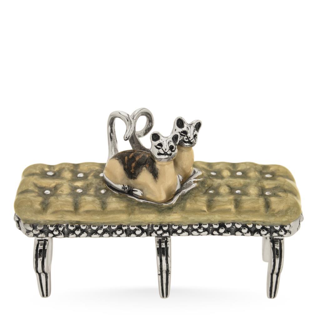 Gattini su divanetto soprammobile in argento e smalto  - SATURNO