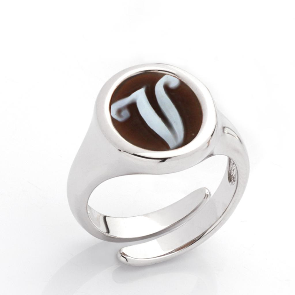 V letter ring in 925 silver with italics engraved cameo - CAMEO ITALIANO