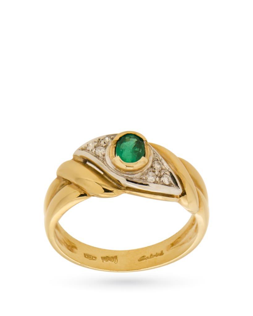 Anello in oro con smeraldo ovale e diamanti - SALVINI