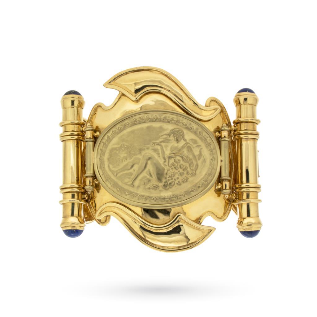 Grande bracciale in oro a lastre con medaglioni e lapislazzuli - IVO SPINA
