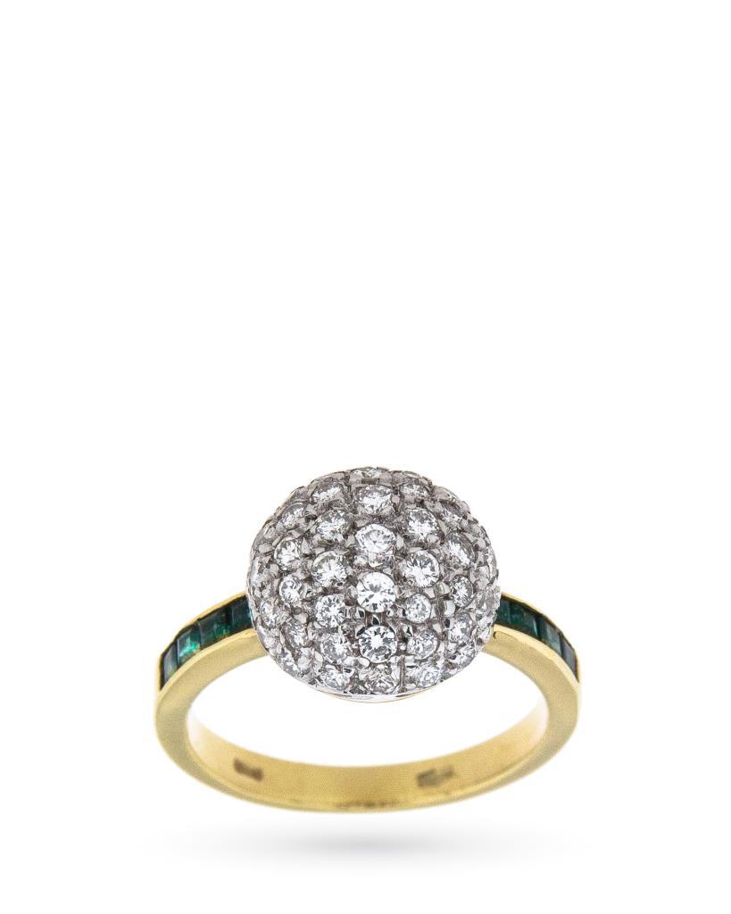 Anello in oro giallo e bianco con pavè di diamanti e smeraldi - CICALA