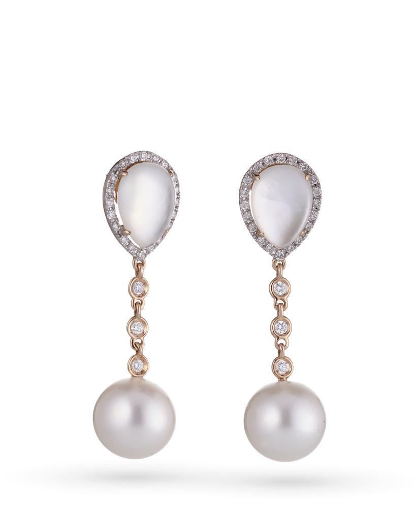 Orecchini pendenti in oro con perla, madreperla e diamanti - COSCIA