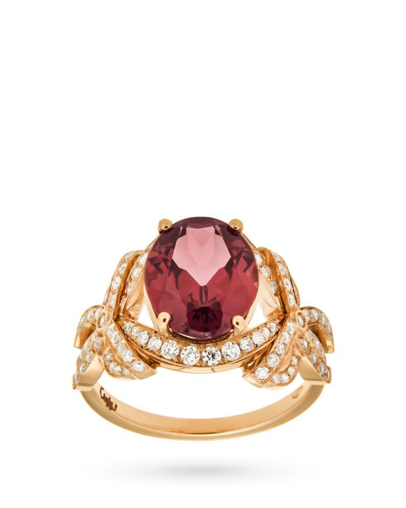 Anello in oro giallo con rodolite rosa ovale con fiocchi di pave di diamanti  - CICALA