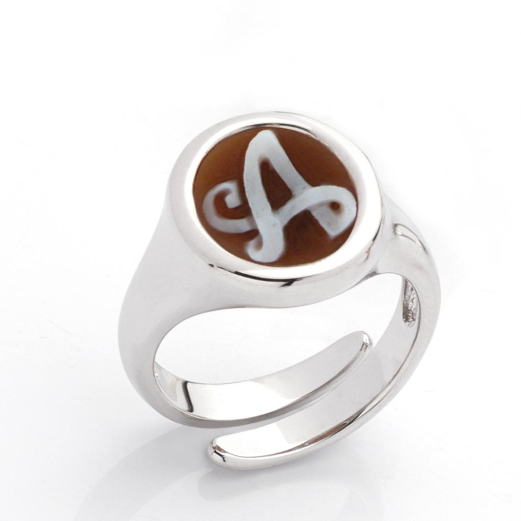A letter ring in 925 silver with italics engraved cameo - CAMEO ITALIANO